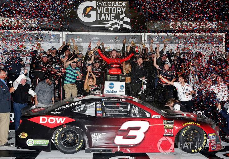 NEW NASCAR 2018 AUSTIN DILLON #3 DAYTONA 500 RACE WIN DOW 1//64 CAR